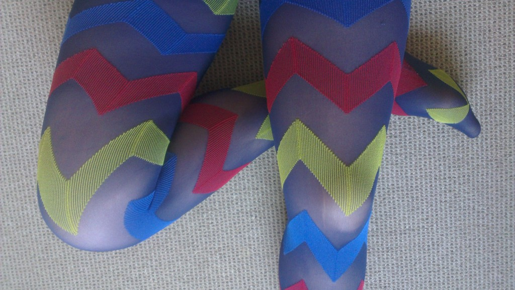 Be noticed with these Colourful Zigzags